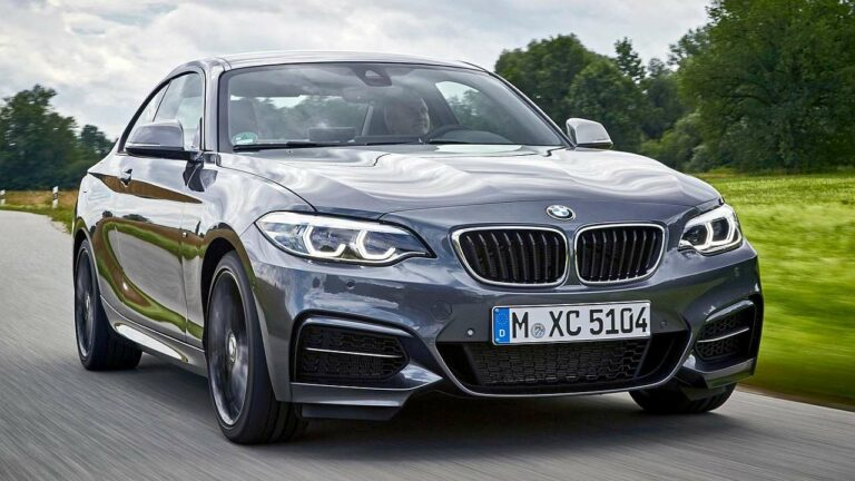BMW-2-Series-2021-baldacchino-airbag-tetto