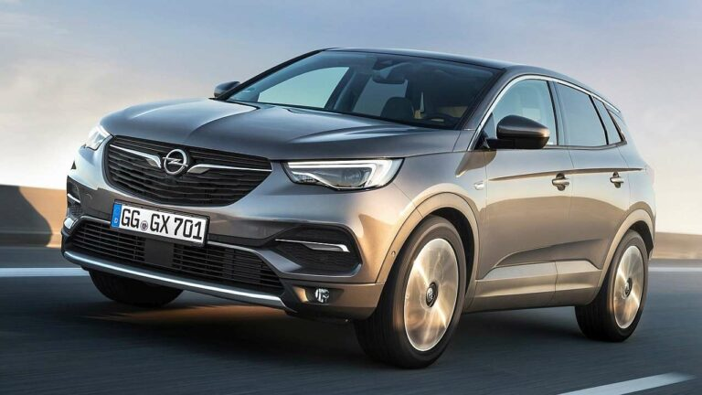 Opel-Grandland-2020-loss-rear-wheel