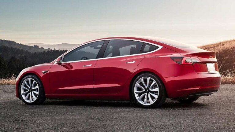 Tesla-Model-3-seatbelt-mounts
