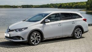 Toyota-Auris-2018-fuel-pump