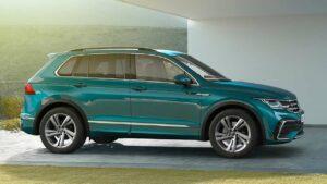 Volkswagen-Tiguan-2021-rear-seat