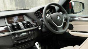 BMW-X5-X6-rhd-ventilator-fire