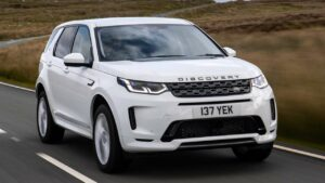 Land-Rover-Discovery-Sport-2021-fuel-return-pipe