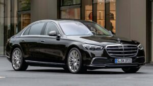 Mercedes-Benz-S-class-2021-fuel-tank