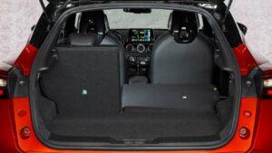 Nissan-Juke-seat-back