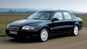 Volvo-S80-2001-driver-airbag